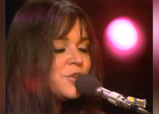 Melanie - You're Not a Bad Ghost Old Song '74